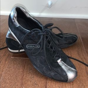8.5 BLACK AND SLIVER COACH SHOES